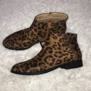 Nwt Time and Tru Leopard Booties